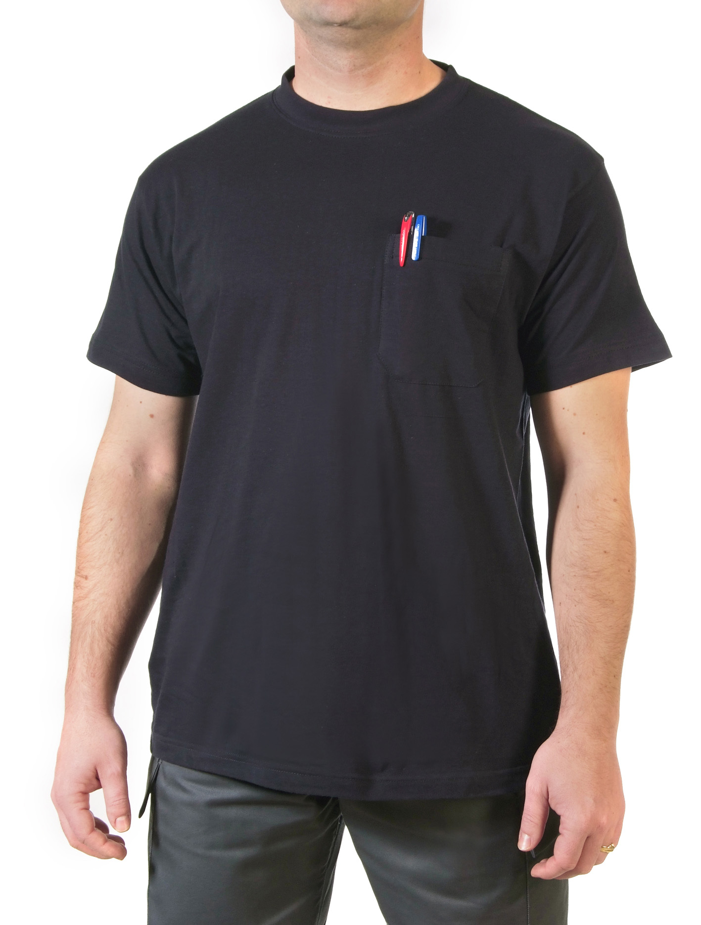 Short sleeve navy t-shirt with pocket Image